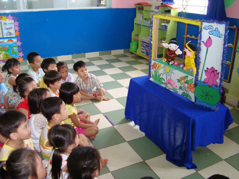 hình 2- trẻ tham gia hoạt động giáo dục ở nhóm lớp - Copy