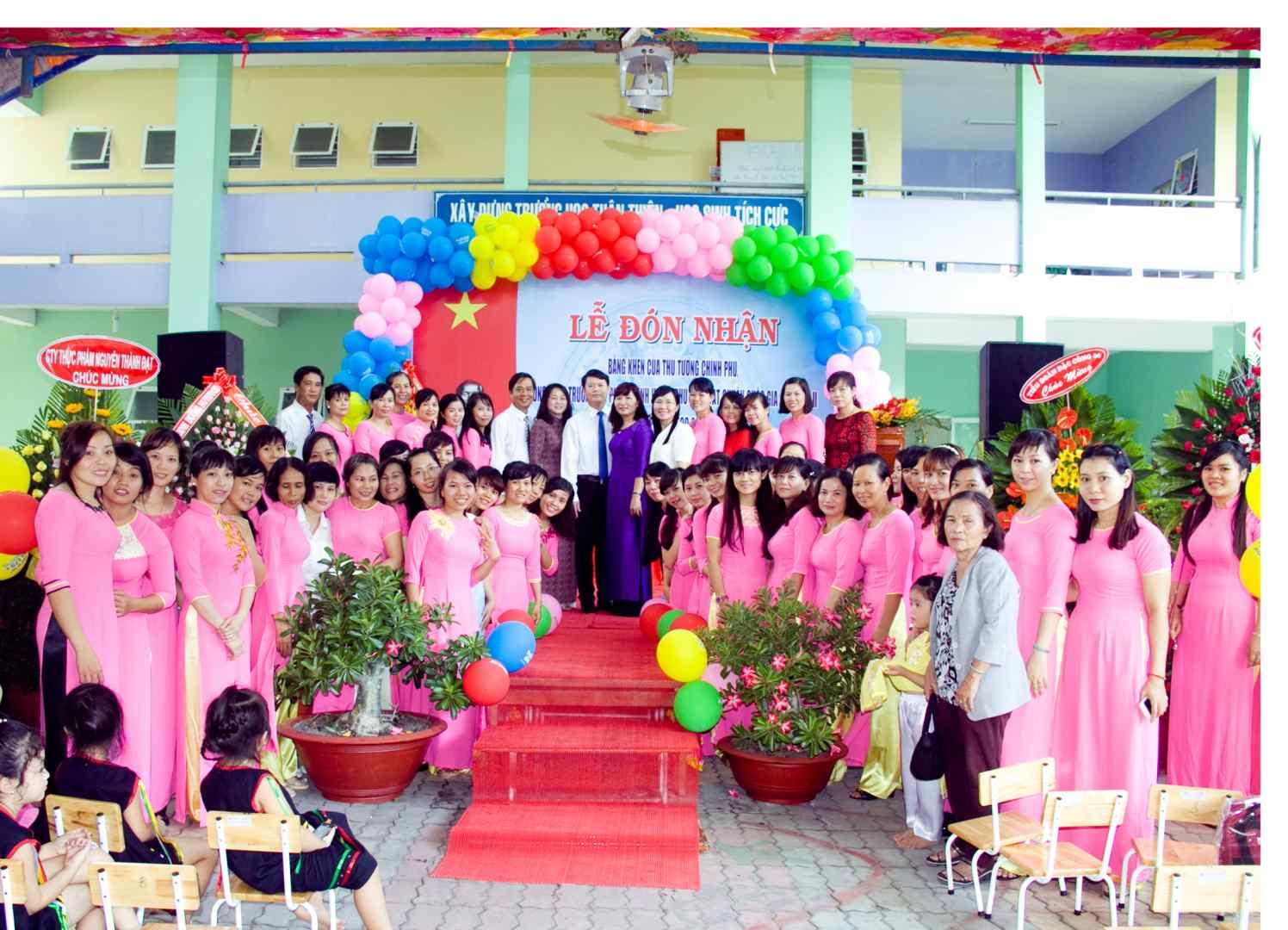hình 9- Trường MN Phước Vĩnh được công nhận mức độ 2 năm 2016